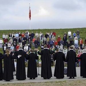 Folkekirken sætter ild til Amfiteater Vestsjælland!